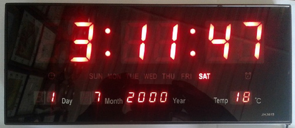 Часы настенные электронные с календарем, таймером и термометром, 26х20х3 см, микс стоимость 1.